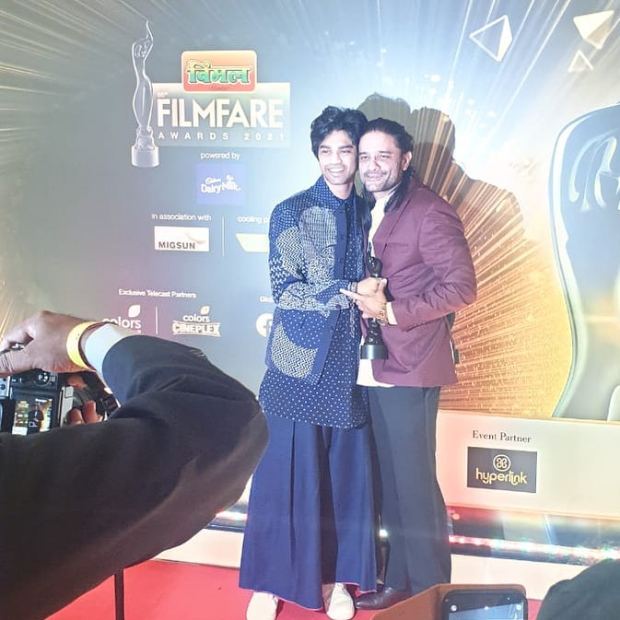 Filmfare Awards 2021: Irrfan Khan's son Babil Khan receives his father's awards; Ayushmann Khurrana pens heartfelt note after meeting him for the first time
