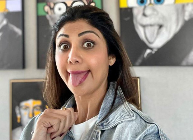 Shilpa Shetty has a fun take on 'great minds think alike' as she poses in front of Albert Einstein's portrait