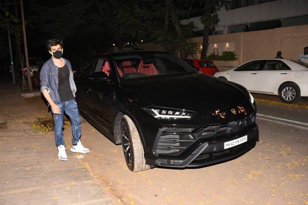 Kartik Aaryan follows Ranveer Singh and Rohit Shetty; purchases a Lamborghini Urus worth over Rs. 3 cr!
