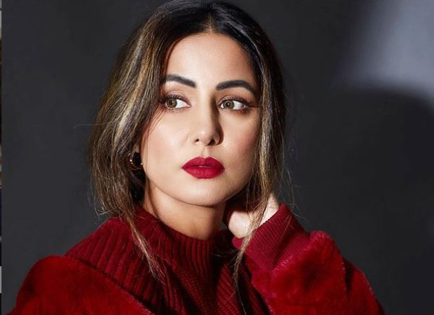 Hina Khan's father passes away due to cardiac arrest