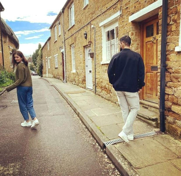 Anushka Sharma and Virat Kohli channel off-duty look while prancing around in London