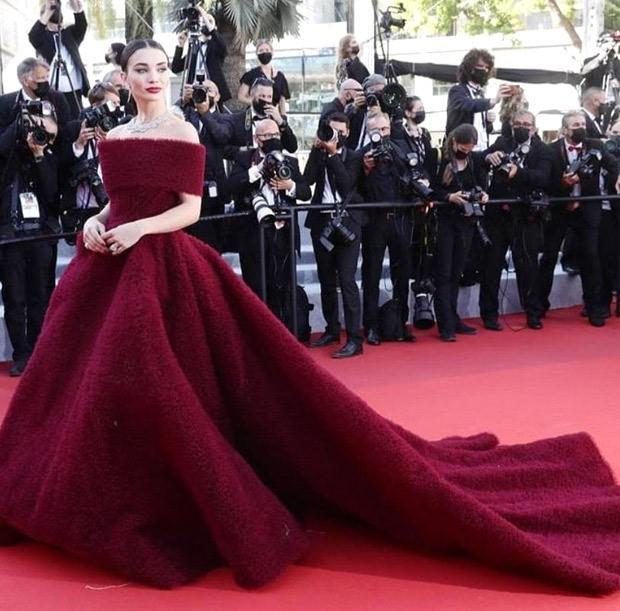 HITS AND MISSES OF THE WEEK: Priyanka Chopra, Amy Jackson, Karisma Kapoor look riveting; Shraddha Kapoor, Sonam Kapoor fail to impress