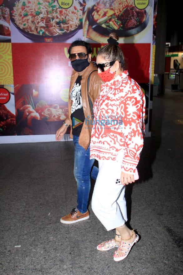 Photos Malaika Arora, Govinda and Sunita Ahuja snapped at the airport (1)