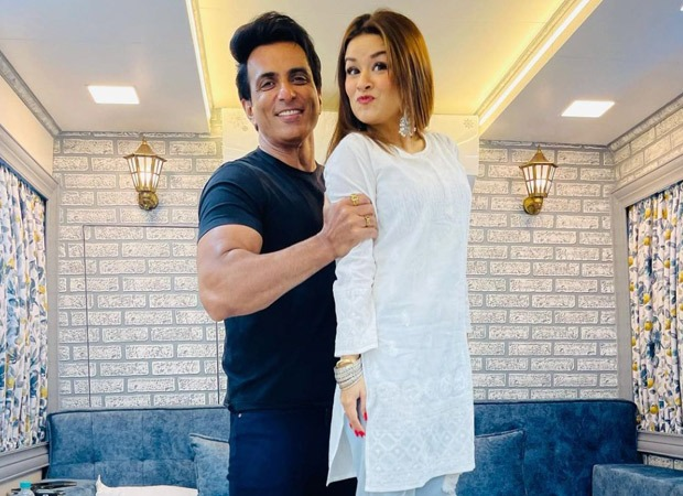 Sonu Sood collaborates with Avneet Kaur for an Instagram video to promote the track 'Saath Kya Nibhaoge'