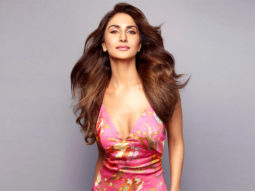 """""""I have two big films Shamshera and Chandigarh Kare Aashiqui that are ready to release in theatres"""" - Vaani Kapoor"""