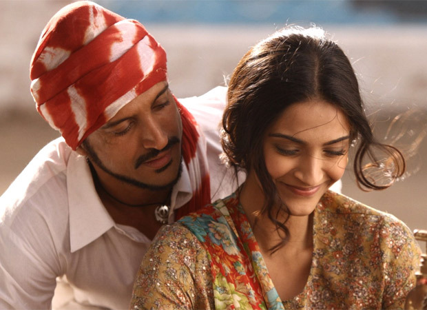 REVEALED Sonam Kapoor was offered just Rs 11 for her role in Bhaag Milkha Bhaag