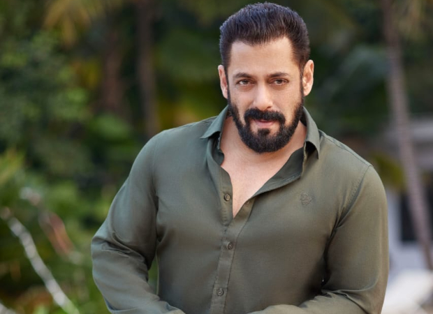 Salman Khan dispatches 5 tempos of essentials to flood-affected areas of Chiplun, Mahad andvillages near Mahabaleshwar