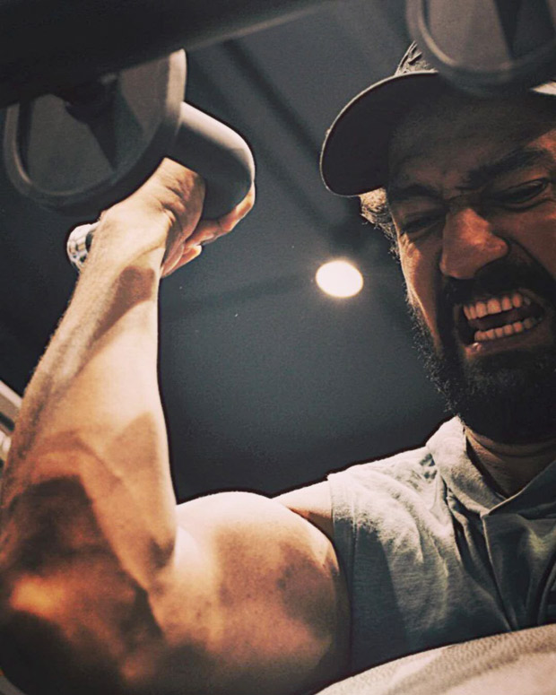 Vicky Kaushal flaunts his bulked biceps in a new photo as he prepares for his upcoming film The Immortal Ashwatthama