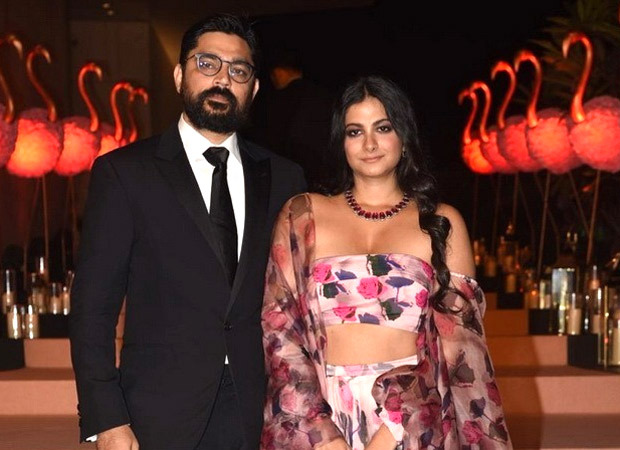 Rhea Kapoor set to tie the knot with Karan Boolani at 10 pm tonight at Anil Kapoor's residence
