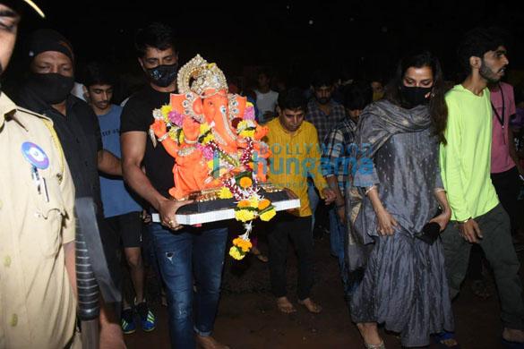 Photos Sonu Sood for Ganpati Visarjan (8)
