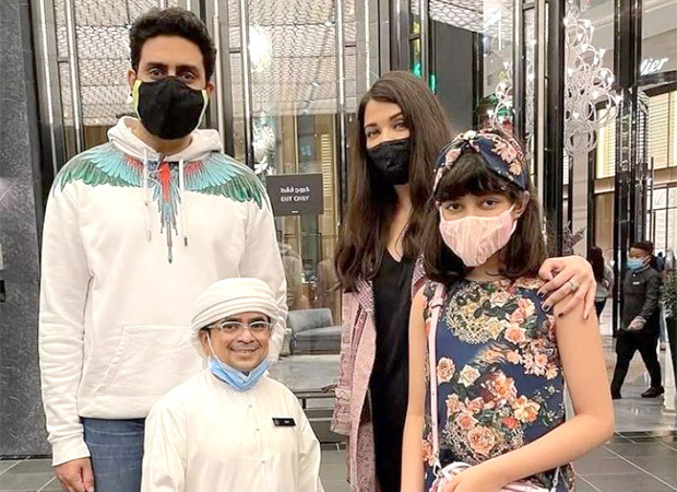 Unseen picture of Abhishek Bachchan, Aishwarya Rai and Aaradhya with a fan in Dubai surfaces